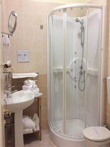 servizi interni con doccia